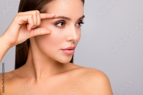 Slika na platnu Closeup profile photo of beautiful lady nude naked shoulders plump shape lips te