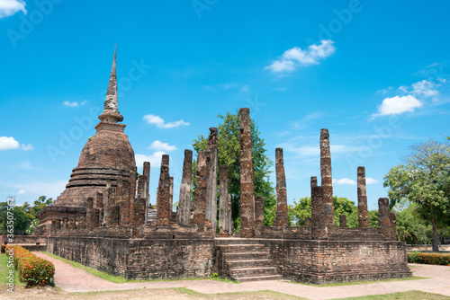 Fotografia Wat Sra Sri in Sukhothai Historical Park, Sukhothai, Thailand
