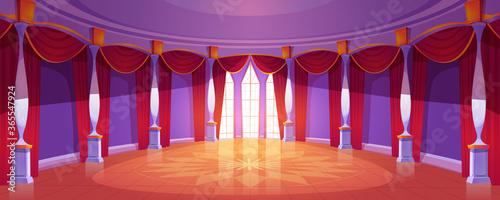 Foto Ballroom interior in medieval royal castle