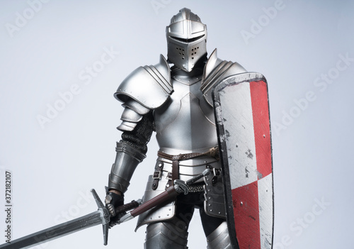 knight with sword and shield Fotobehang
