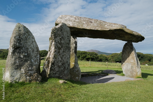 Pentre Ifan, neolithic burial chamber in North Pembrokeshire Fotobehang