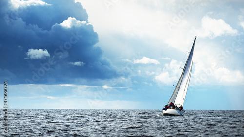 Obraz na plátně Sailing yacht regatta