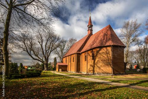 Kościół św. Katarzyny, Pęczniew, pow. poddębicki, woj. łódzkie