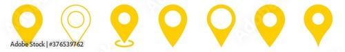 Foto Location Pin Icon Yellow | Map Marker Illustration | Destination Symbol | Pointe