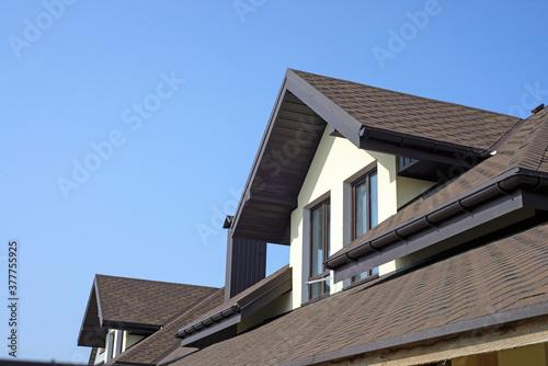 Obraz na płótnie roof of newly builded house