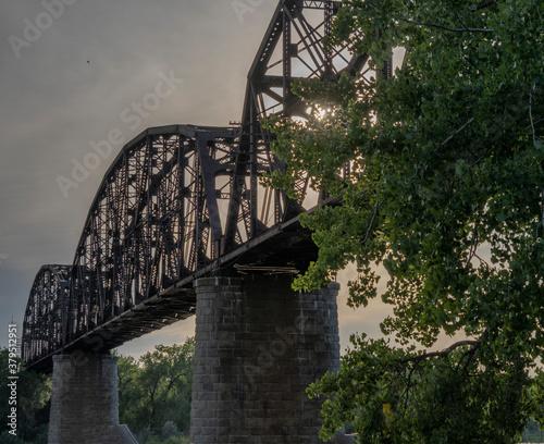 Photographie BNSF rail bridge across Missouri River near Bismarck North Dakota