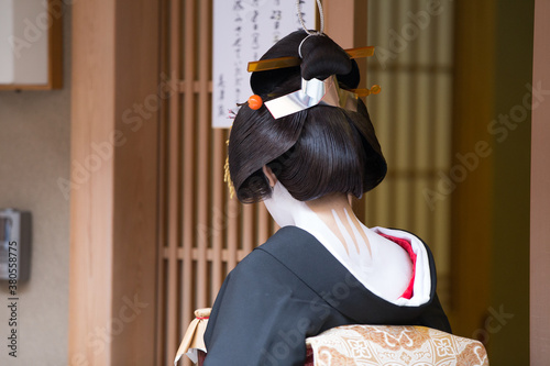 Canvas-taulu A traditional geisha out and about walking in Gion Kyoto Japan .