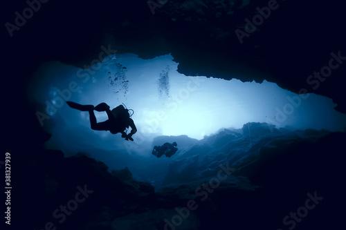Photo cenote angelita, mexico, cave diving, extreme adventure underwater, landscape un