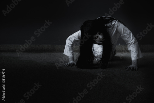 Canvas Print Horror woman ghost creepy crawling, halloween day concept