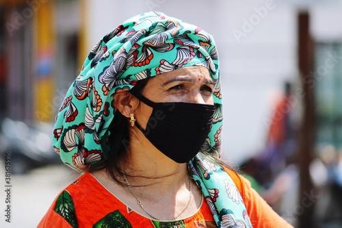 Obraz na plátně Woman In Face Mask In Corona Epidemic.