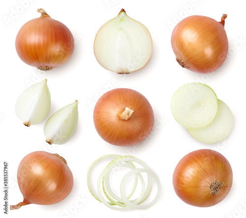 Stampa su Tela Whole and sliced onions isolated on white background. Top view.