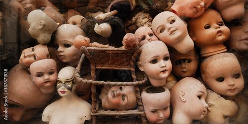Canvas Print Vintage dolls heads