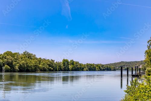 Canvas Print The Seine River in La Roche-Guyon, Val d'Oise, France
