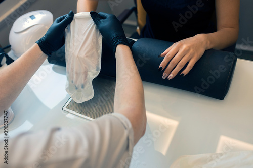Photo Luxury Spa Spa paraffin hand treatment process