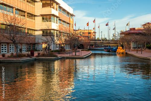 Fototapeta Scenic view of Historic Arkansas Riverwalk in Pueblo, Colorado