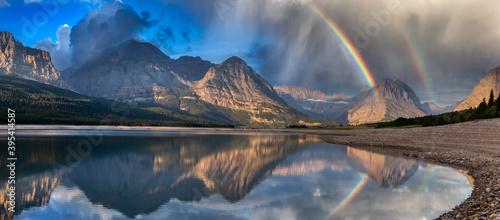 Obraz na plátně Beautiful Panoramic View of American Rocky Mountain Landscape