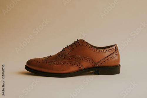 Fotografia Brown men's leather derby shoes