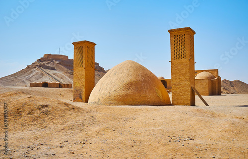 Canvas Print Ancient ice chamber in Zoroastrian burial site, Yazd, Iran