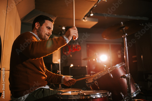 Fotografie, Obraz Playing drums and having fun