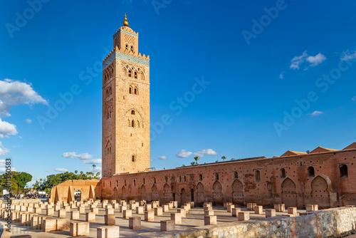 Canvas Print Koutoubia Mosque minaret in medina quarter of Marrakesh, Morocco