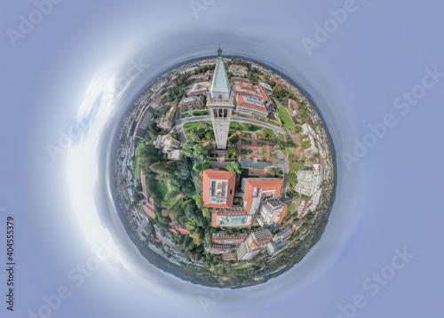 Leinwand Poster UC Berkeley As A Tiny Planet