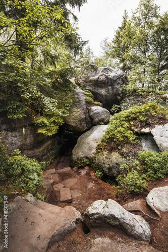Błędne Skały - Wejście Jaskinia