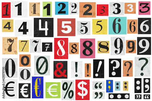Foto Ransom notes Paper cut numbers letters Old newspaper cutouts