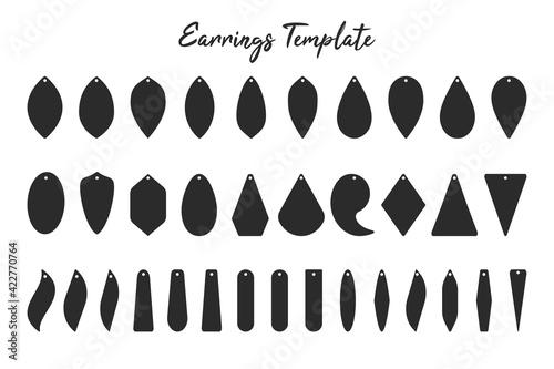 Earring shape template Black shadow of earrings with circular hoops for cut out handmade earrings Fototapete