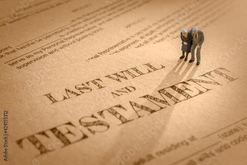 Murais de parede Last will and testament / legacy, inheritance or death tax concept : Miniature e