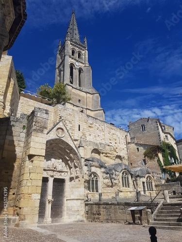 die Felsenkirche von Saint Emilion Fototapet