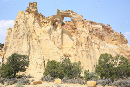Canvastavla Grosvenor Arch in Grand Staircase Escalante National Monument, Utah, USA
