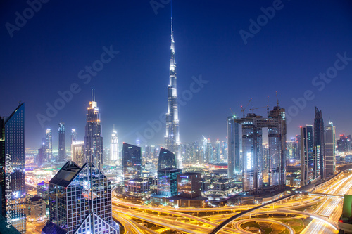 Fotografie, Obraz DUBAI, UAE - FEBRUARY 2018: Dubai skyline with Burj Khalifa