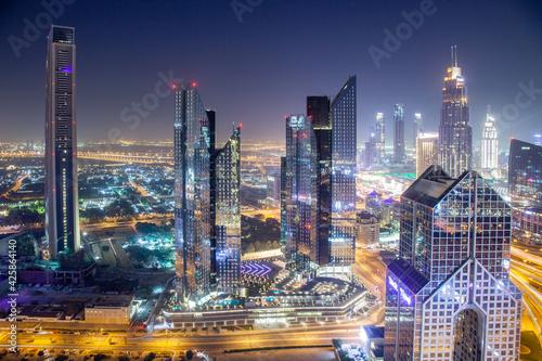 Obraz na płótnie DUBAI, UAE - FEBRUARY 2018: Dubai skyline with Burj Khalifa