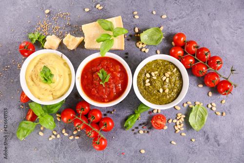 Obraz na plátně pesto sauce, mayonnaise and tomato sauce- sauce,  dip composition with ingredien