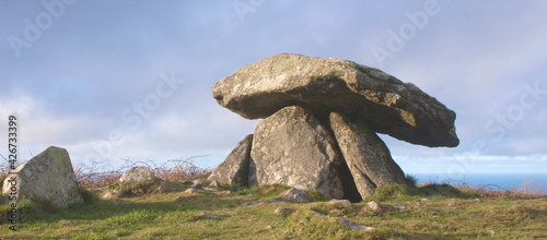 Canvas Chun Quoit, neolithic stone monument, burial chamber, west Cornw