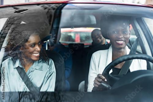Leinwand Poster Carpool Ride Sharing. African People