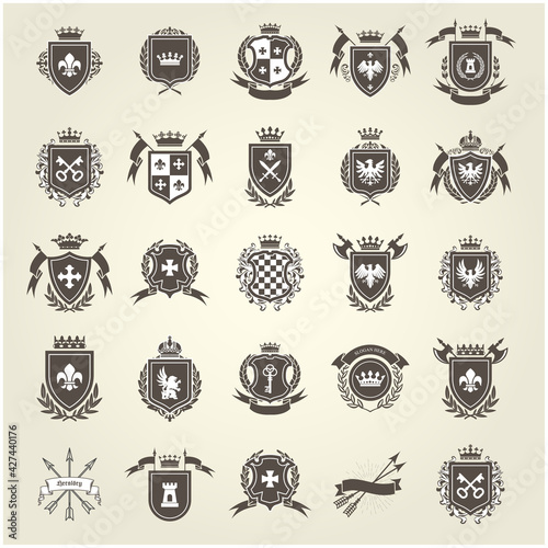 Carta da parati Medieval royal coat of arms, knight emblems, heraldic shield crest and blazons s