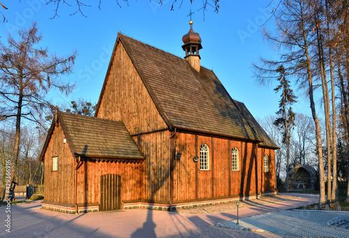 Drewniany kościół pw. św. Michała Archanioła w Szczurach,  Wielkopolska