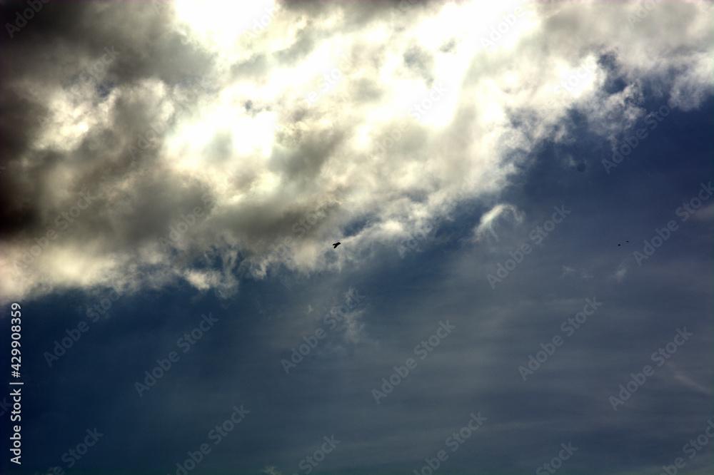 chmury na niebo