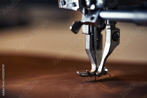 Obraz na plátne Working process of leather craftsman