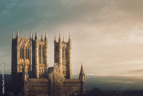 Canvas Print A shot of Lincoln Cathedral during a sunset