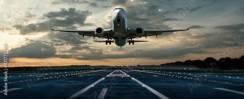 Fotografija Flugzeug bei einer Landung