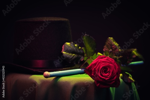 Photographie Magic, magician hat on table performance