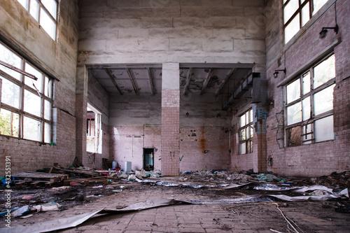 Tela Old broken empty abandoned industrial building interior