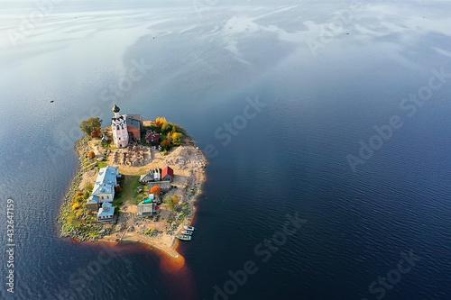 Fototapeta monastery on the island spas kamenny, orthodox church lake kubenskoe vologda reg
