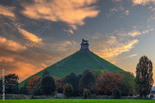 Obraz na płótnie Lion's Mound (Butte du Lion), Braine-l'Alleud, Belgium, the battle of Waterloo
