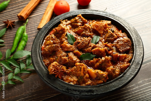 Canvas-taulu Indian meat curry roast, korma, homemade spicy non vegetarian dish