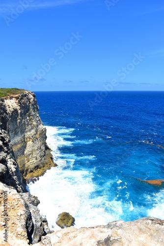 Canvastavla Une partie des falaises de l'Anse Bertrand