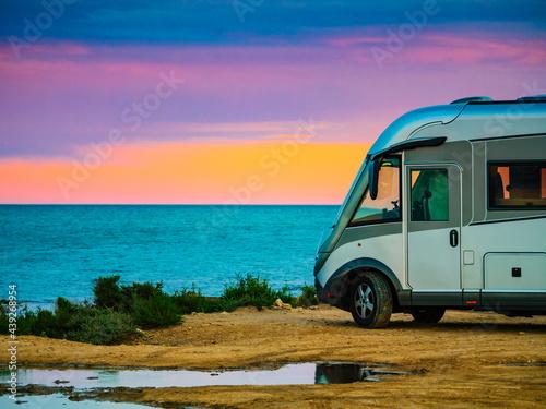 Camper rv on spanish coast Fototapet