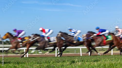 Fotografiet Horses Racing  Jockeys Riding  Panoramic Motion Speed Blur Closeup Photo Action Image